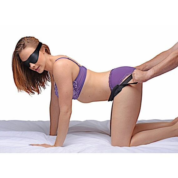 Doggie Style Strap Kit with Blindfold