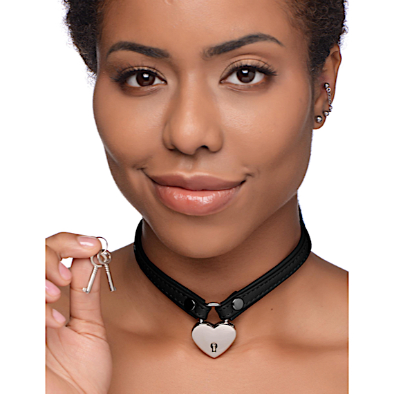 Heart Lock Leather Choker with Lock and Key - Black